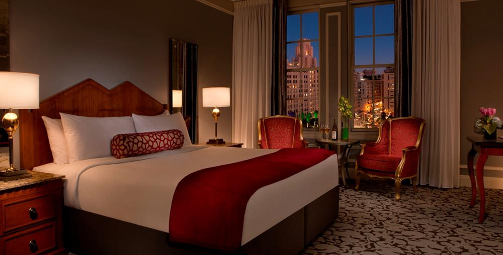 Executive King Room with double bed and Los Angeles views at Millennium Biltmore Hotel