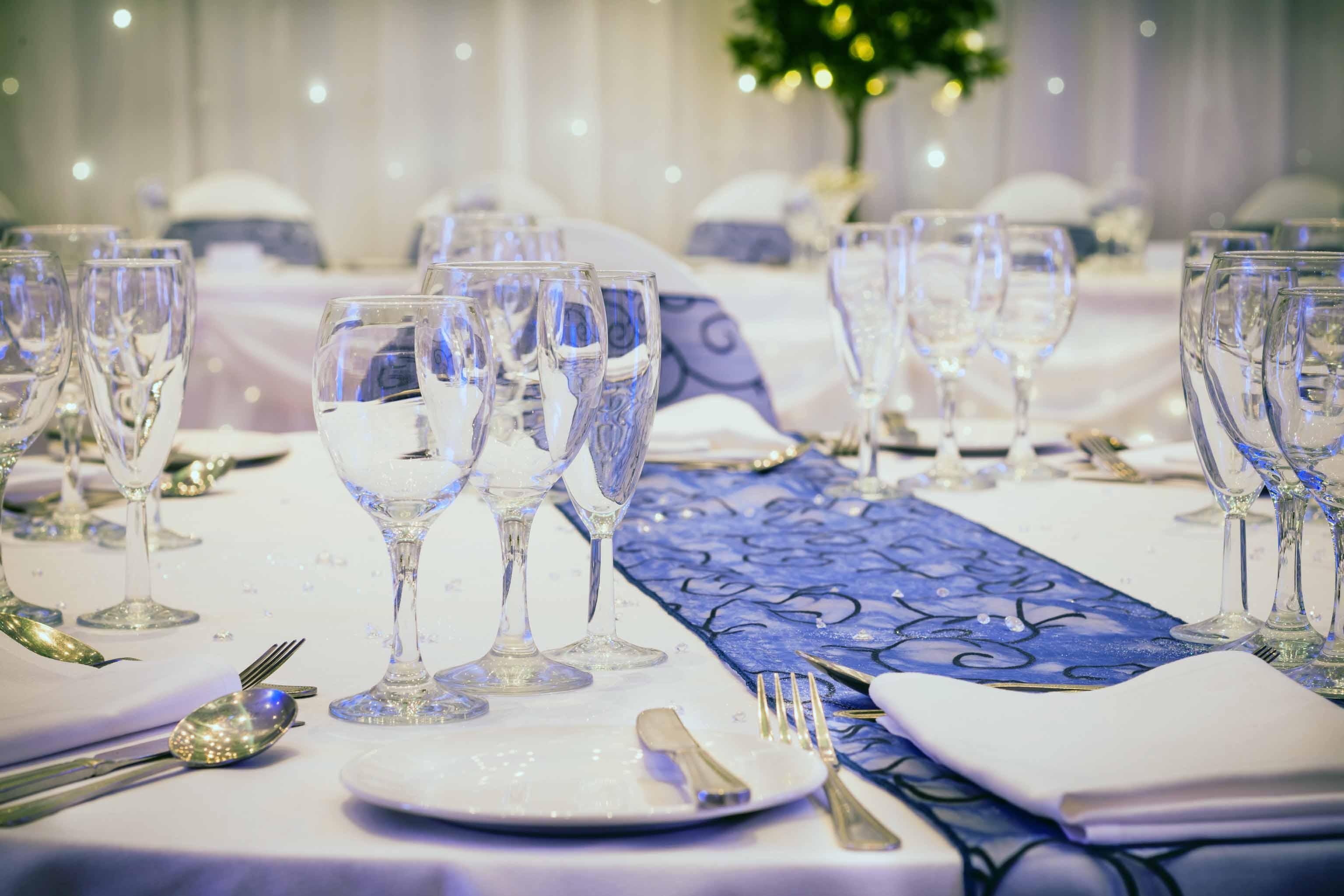 Wedding_Merry-Hill_414_Glass