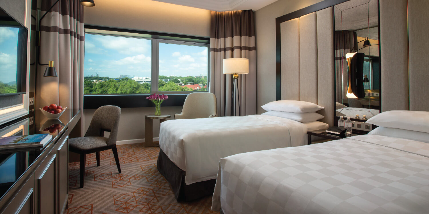 Deluxe Room With Twin Bed | Orchard Hotel Singapore